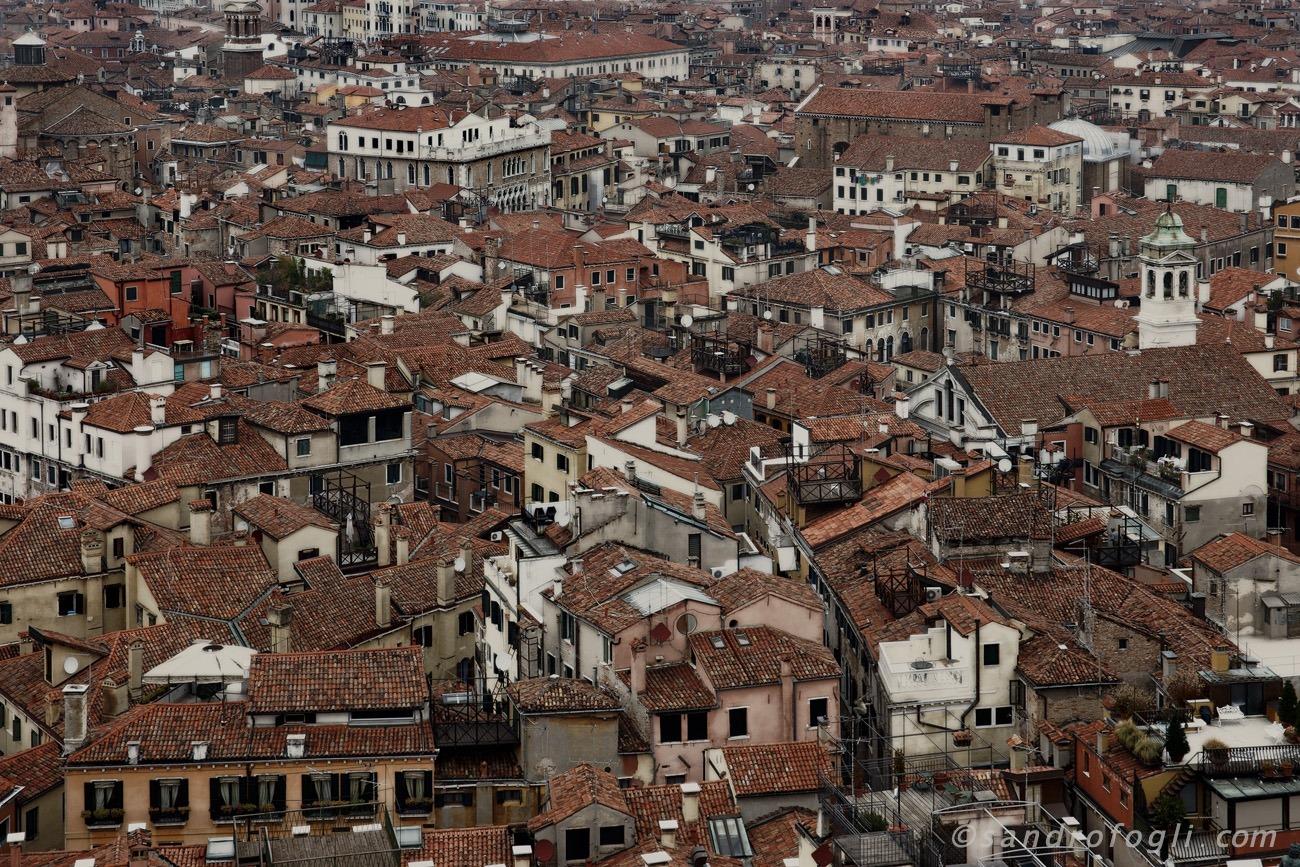 City - Venezia roof jumper
